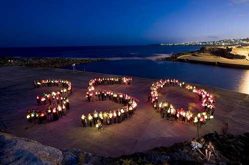 350 at Clovelly, Sydney, Australia. Uploaded by 350.org under the creative commons.
